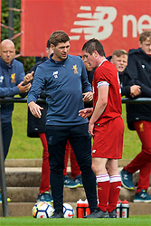 KIRKBY, ENGLAND - Saturday, August 19, 2017: Liverpool's Under-18 manager Steven Gerrard speaks with captain Liam Coyle during an Under-18 FA Premier League match between Liverpool and Blackburn Rovers at the Kirkby Academy. (Pic by David Rawcliffe/Propaganda)