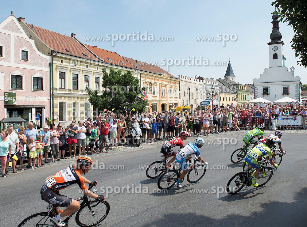06.07.2015, Litschau, AUT, Österreich Radrundfahrt, 2. Etappe, Litschau nach Grieskirchen, im Bild Das Hauptfeld in Freistadt/OÖ // maingroup in Freistadt during the Tour of Austria, 2nd Stage, from Litschau to Grieskirchens, Litschau, Austria on 2015/07/06. EXPA Pictures © 2015, PhotoCredit: EXPA/ Reinhard Eisenbauer