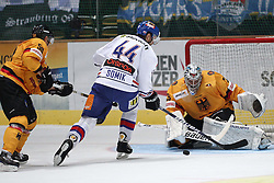 13.11.2010, Olympiahalle, Muenchen, GER, Deutschlandcup , Slovakei vs Deutschland , im Bild Hager Patrick (Deutschland #50) Somik Radovan (Slovakia #44) und Ehelechner Patrick (Deutschland #35) , EXPA Pictures © 2010, PhotoCredit: EXPA/ nph/  Straubmeier+++++ ATTENTION - OUT OF GER +++++