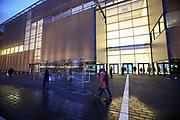 Mannheim. 15.12.17 |<br /> Kunsthalle. Neubau. Nachtaufnahmen von Aussen mit der Mesh-Fassade. Eröffnung<br /> <br /> Bild-ID 020 | Markus Proßwitz 15DEC17 / masterpress