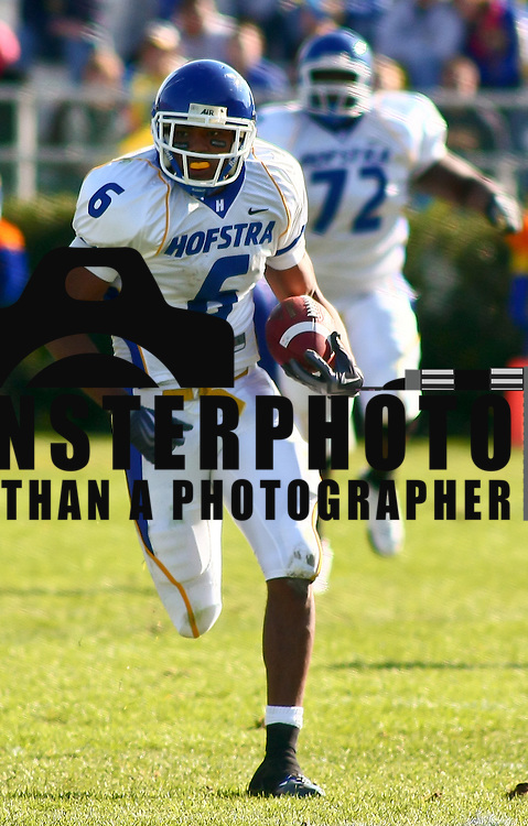 Newark DE, 11/07/2009: Hofstra wide receiver Aaron Weaver #6 catches a pass for 37 on yards in the third quarter.<br /> <br /> Running Back Jerry Butler scored two touchdowns, including the game-winner early in the fourth quarter, and linebacker Benard Makumbi came up with a big stop on a fourth down play inside Delaware territory in the final minute as the No. 23 ranked Blue Hens got by Hofstra for an important 28-24 Colonial Athletic Association football win Saturday afternoon at sunny Delaware Stadium.