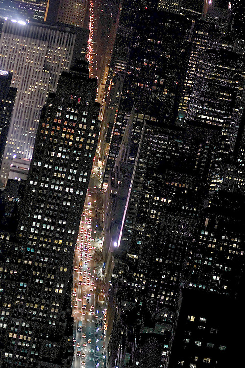 Midtown Manhattan, looking north up Fifth Avenue from the 86th floor of the Emprie State Building