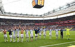09.04.2016, Commerzbank Arena, Frankfurt, GER, 1. FBL, Eintracht Frankfurt vs TSG 1899 Hoffenheim, 29. Runde, im Bild v.l. Nach dem Spiel Mannschaft Hoffenheim bedankt sich bei den Fans // during the German Bundesliga 29th round match between Eintracht Frankfurt vs TSG 1899 Hoffenheim at the Commerzbank Arena in Frankfurt, Germany on 2016/04/09. EXPA Pictures © 2016, PhotoCredit: EXPA/ Eibner-Pressefoto/ Voelker<br /> <br /> *****ATTENTION - OUT of GER*****
