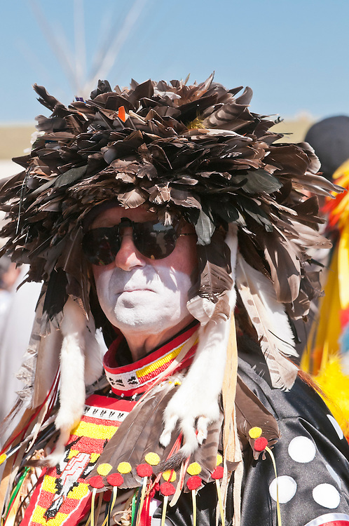 Blackfoot man in traditional regalia, Siksika Nation Pow-wow, Gleichen, Alberta, Canada