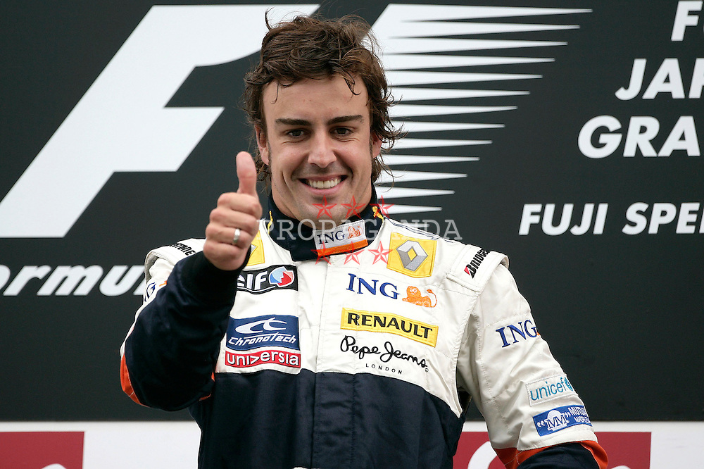 SHIZUOKA, JAPAN - Sunday, October 12, 2008: Fernando Alonso celebrates winning during the Japanese Formula One Grand Prix at the Fuji Speedway. (Photo by Michael Kunkel/Hochzwei/Propaganda)
