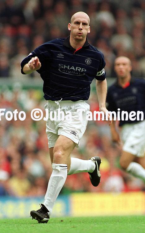 11.09.1999, Anfield Road Stadium, Liverpool, England. FA Premiership, Liverpool v Manchester United. Jaap Stam (ManU)..©JUHA TAMMINEN