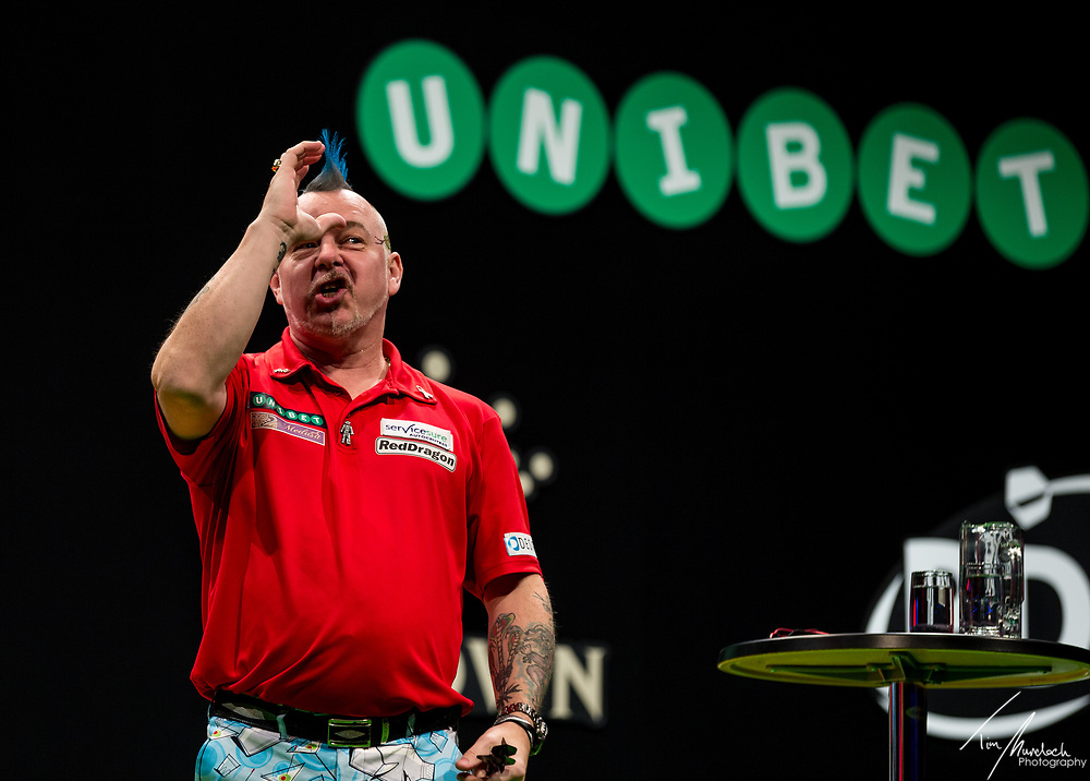 MELBOURNE, Australia - Sunday 20 August 2017: Peter Wright engages fans before the final of the Unibet Melbourne Dart Masters at Hisense Arena on Sunday 20 August 2017.<br /> <br /> Photo Credit: Tim Murdoch/Tim Murdoch Photography