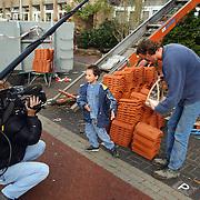 Georgie slachtoffer brand Berlagestraat Huizen bedankt zijn redders Ruurd Dijs en Aad van de Bunten, RTL 4 cameraploeg
