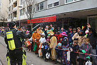 Ludwigshafen. 11.02.18 | <br /> 66. Traditioneller Fasnachtsumzug Mannheim-Ludwigshafen. Diesmal in Ludwigshafen.<br /> - Berufsfeuerwehr Ludwigshafen. 100 Jahre BF LU mit Handl&ouml;schkarre, Drehleiter, Firepocket, Fu&szlig;gruppe<br /> Bild: Markus Prosswitz 11FEB18 / masterpress (Bild ist honorarpflichtig - No Model Release!) <br /> BILD- ID 04368 |