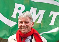 Scottish Labour leader Richard Leonard at rally at Edinburgh Waverley station to demand ScotRail is brought back into public ownership. Pic copyright Terry Murden @edinburghelitemedia