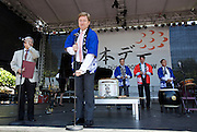 Every Year in June, almost a million people celebrates Japan Day in Düsseldorf, together with the city's Japanese expatriat community which is the biggest in Germany. Opening ceremony with Düsseldorf Mayor Dirk Elbers (speaking), in background from l.: Kenji Akikawa (President of the Japanese Club), State Secretary Dr. Jens Baganz and Shin Maruo, Japanese Consul General.