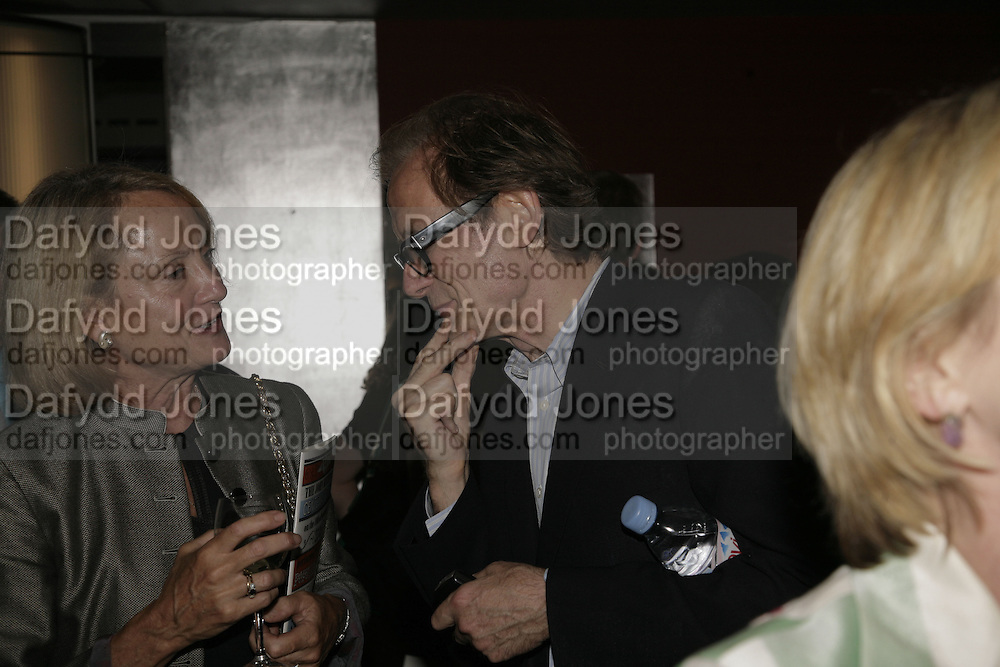 BILL NIGHY, The John Betjeman Variety Show, sponsored by Shell, in aid of Sane. In the Presnece of the Prince of Wales and the Duchess of Cornwall. Prince of Wales theatre. London. 10 September 2006. ONE TIME USE ONLY - DO NOT ARCHIVE  © Copyright Photograph by Dafydd Jones 66 Stockwell Park Rd. London SW9 0DA Tel 020 7733 0108 www.dafjones.com