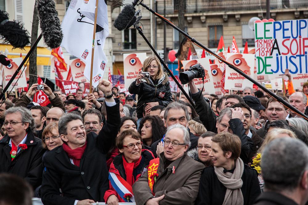 Jean-Luc Mélenchon, Clémentine Autain, et d'autres responsables du Front de Gauche en tête du cortège, le 18 mars 2012.