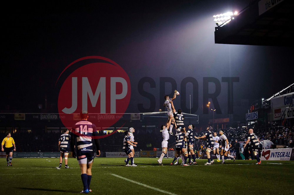 Leeds Carnegie Lock (#4) Calum Green wins a lineout against Bristol Lock (#4) Mariano Sambucetti during the first half of the match - Photo mandatory by-line: Rogan Thomson/JMP - Tel: Mobile: 07966 386802 25/01/2013 - SPORT - RUGBY - Memorial Stadium - Bristol. Bristol v Leeds Carnegie - RFU Championship.