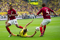 19.10.2013, Signal Iduna Park, GER, 1. FBL, GER, 1. FBL, Borussia Dortmund vs Hannover 96, 9. Runde, im Bild Foul von Hiroki Sakai (#4 Hannover) an Erik Durm (#37 Dortmund) // during the German Bundesliga 9th round match between Borussia Dortmund and Hannover 96 Signal Iduna Park in Dortmund, Germany on 2013/10/19. EXPA Pictures &copy; 2013, PhotoCredit: EXPA/ Eibner-Pressefoto/ Kurth<br /> <br /> *****ATTENTION - OUT of GER*****