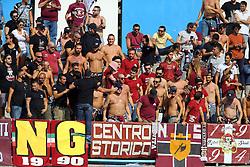 I tifosi della Salernitana<br /> SPAL - SALERNITANA<br /> CAMPIONATO CALCIO SERIE B 2016-2017<br /> FERRARA 01-10-2016<br /> FOTO FILIPPO RUBIN