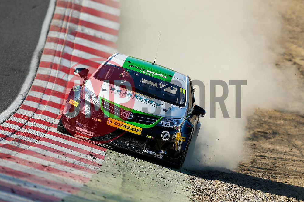 Simon Belcher | Handy Motorsport Toyota Avensis | Dunlop MSA BTCC | Race 3 - Photo mandatory by-line: Rogan Thomson/JMP - 07966 386802 - 05/04/2015 - SPORT - MOTORSPORT - Fawkham, England - Brands Hatch Circuit - British Touring Car Championship Meeting Day 2.