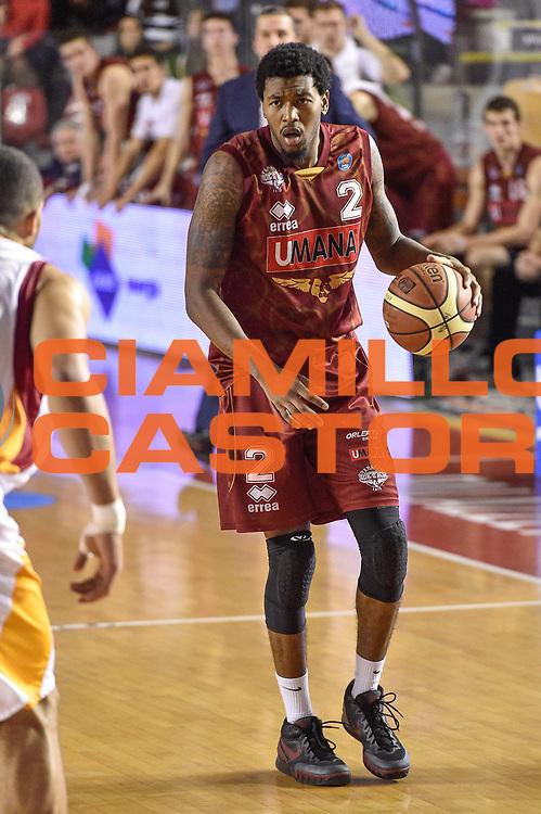 DESCRIZIONE : Campionato 2014/15 Virtus Acea Roma - Umana Reyer Venezia<br /> GIOCATORE : Julyan Stone<br /> CATEGORIA : Palleggio<br /> SQUADRA : Umana Reyer Venezia<br /> EVENTO : LegaBasket Serie A Beko 2014/2015<br /> GARA : Virtus Acea Roma - Umana Reyer Venezia<br /> DATA : 01/02/2015<br /> SPORT : Pallacanestro <br /> AUTORE : Agenzia Ciamillo-Castoria/GiulioCiamillo<br /> Predefinita :