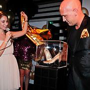 NLD/Amsterdam/20110214 - Onthulling nieuwe pump Chick Shoes ism I Love Fashion News, Annic van Wonderen  en Henk