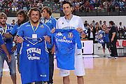 RIMINI 14 AGOSTO 2011<br /> BASKET <br /> TORNEO CITTA DI RIMINI TROFEO TASSONI<br /> NELLA FOTO NAZIONALE ITALIANA PALLACANESTRO E NAZIONALE ITALIANA RUGBY MARCO MORDENTE LO CICERO<br /> FOTO CIAMILLO