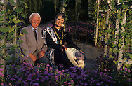 ambassador D. J. Terra  founder of the american museum of art  Giverny  France  and his wife in  front of the garden of the museum  <br /> <br />   <br /> <br /> D. J. Terra createur  du musee d art americain  Giverny  France  <br /> <br />     L1309  /  R00463  /  P112957