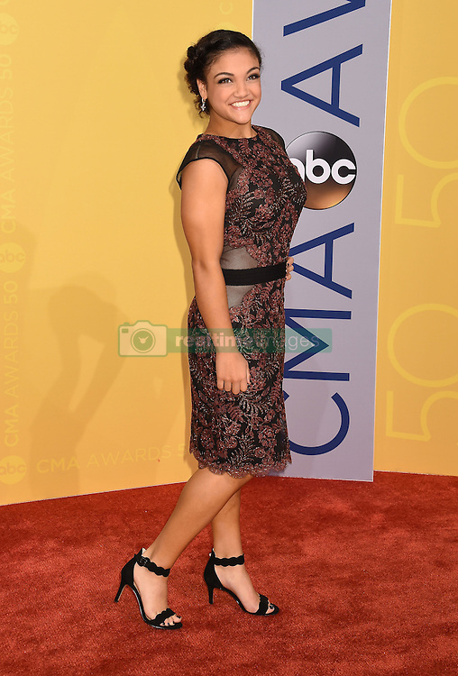 Laurie Hernandez bei den 50. Country Music Awards in Nashville / 021116<br /> <br /> *** Country Music Awards 2016, Nashville, USA, November 2, 2016 ***