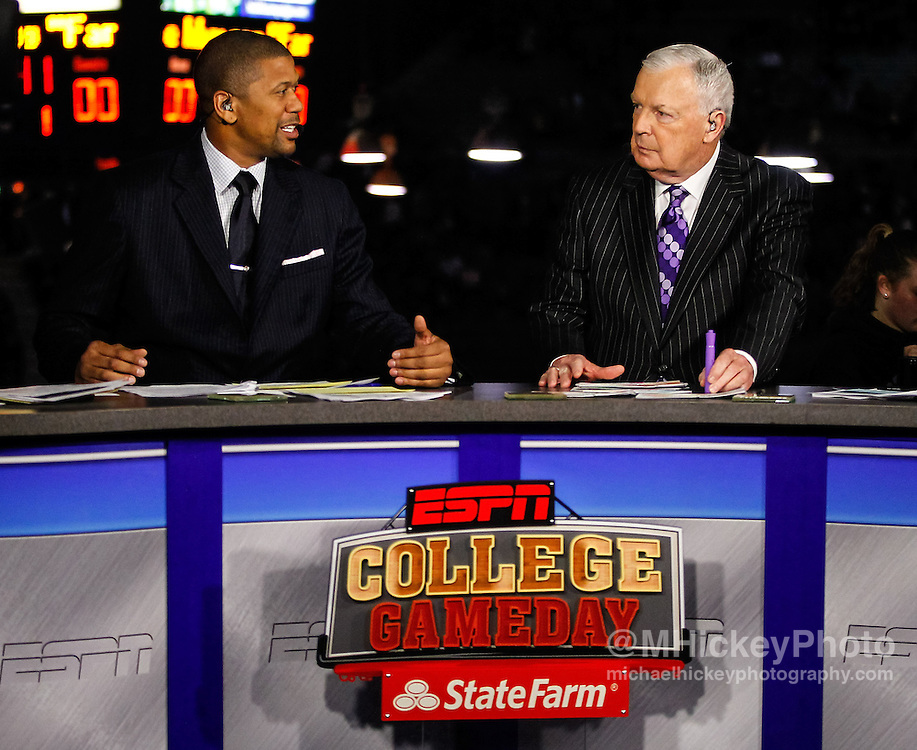 INDIANAPOLIS, IN - JANUARY 19: ESPN analysts Jalen Rose and Digger Phelps seen before the game between the Butler Bulldogs and Gonzaga Bulldogs at Hinkle Fieldhouse on January 19, 2013 in Indianapolis, Indiana. Butler defeated Gonzaga 64-63. (Photo by Michael Hickey/Getty Images) *** Local Caption *** Jalen Rose; Digger Phelps
