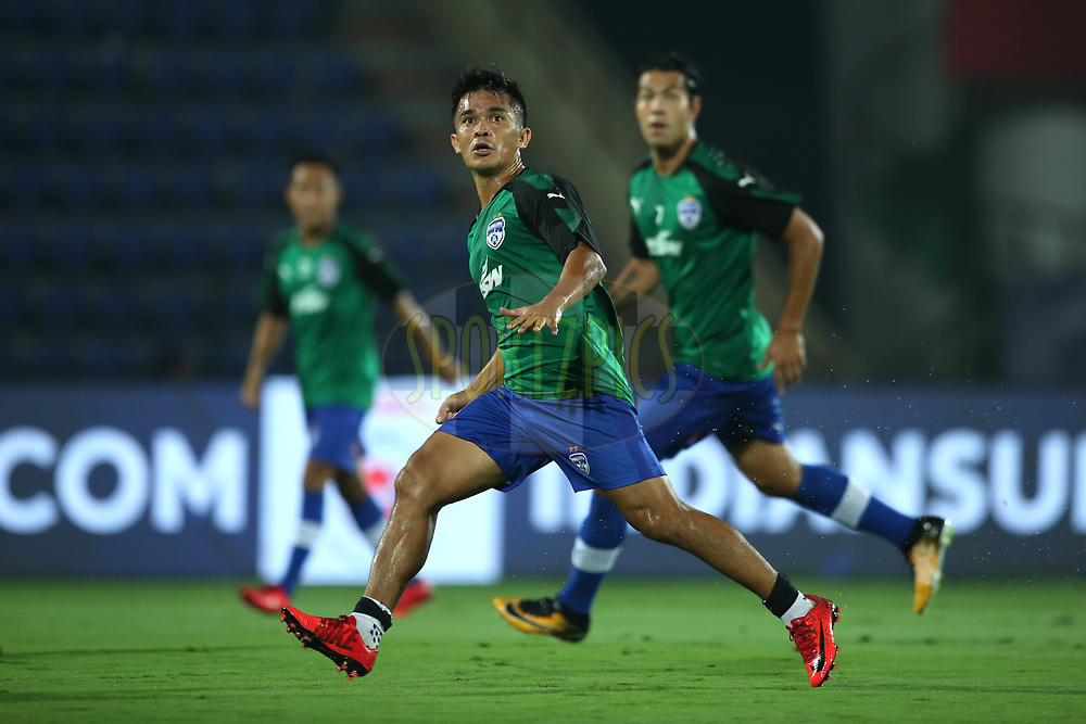 Sunil Chhetri of Bengaluru FC during practice session before match 19 of the Hero Indian Super League between NorthEast United FC and Bengaluru FC held at the Indira Gandhi Athletic Stadium, Guwahati India on the 8th December 2017<br /> <br /> Photo by: Deepak Malik  / ISL / SPORTZPICS