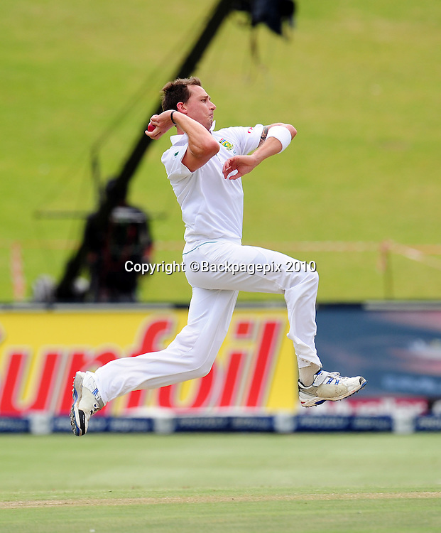 Dale Steyn of South Africa, Cricket - 2011 Sunfoil Test Series - South Africa v Australia - Day 5 - Wanderers Stadium<br /> &copy;Chris Ricco/Backpagepix
