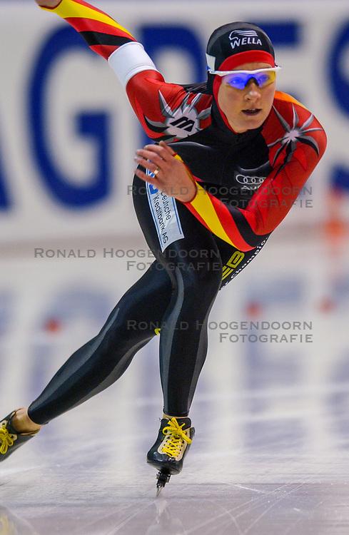 04-01-2003 NED: Europees Kampioenschappen Allround, Heerenveen<br /> 3000 m / Claudia Pechstein GER