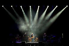 20111102 Mark Knopfler koncert i MCH Jyske Bank Boxen