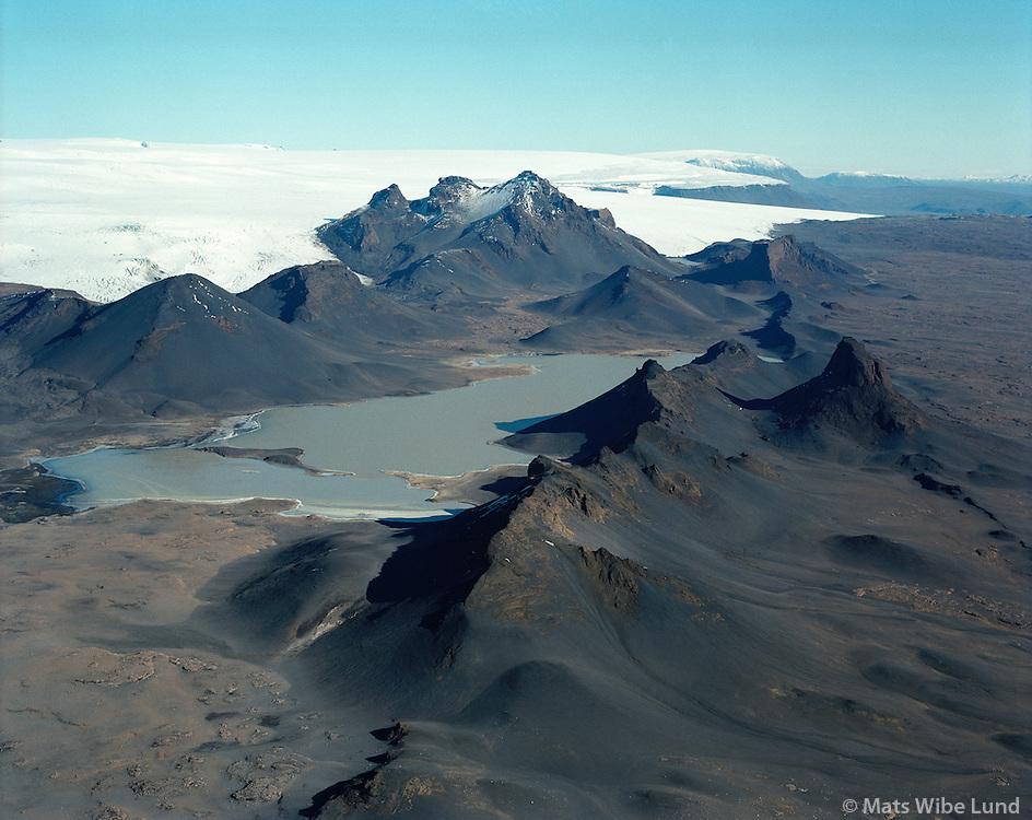 Jarlhettur, Langjökull, Hálendið /.Jarlhettur mountians and Langjokull glacier, Highlands