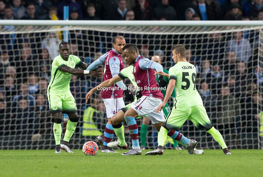 30.01.2016. Villa Park, Birmingham, England. Emirates FA Cup 4th Round. Aston Villa versus Manchester City. Aston Villa striker Jordan Ayew breaks through the Manchester defence.