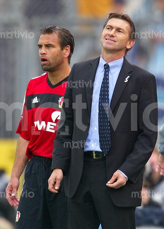 Fussball  1. Bundesliga Saison 2002/2003 Trainer Klaus AUGENTHALER (re) und Ulf KIRSTEN Bayer 04 Leverkusen