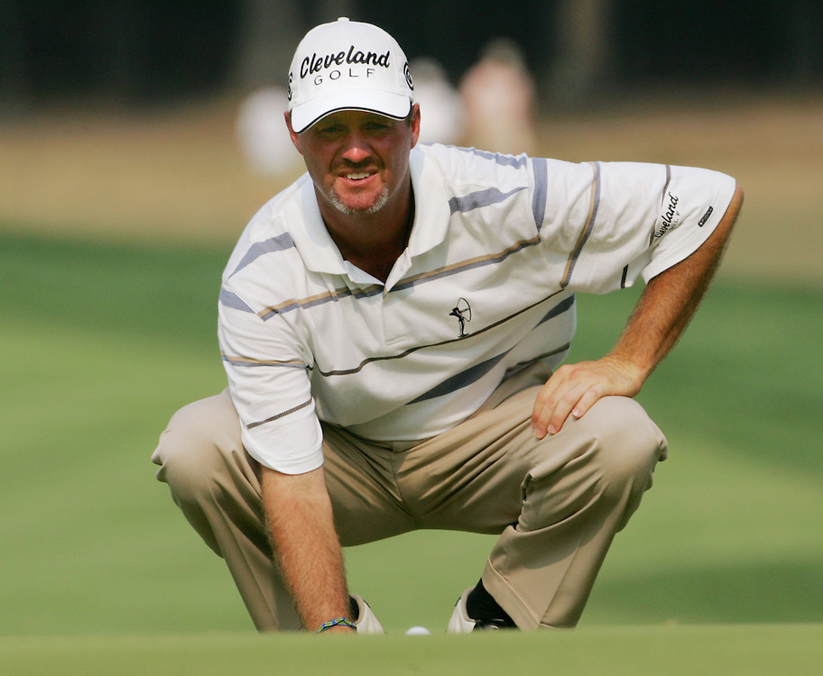 Jerry Kelly of the US lines up a putt during the second round of the 2005 PGA Championship at Baltusrol Golf Club in Springfield, New Jersey, Friday 12 August 2005. Kelly finished the second day at 5 strokes under par.