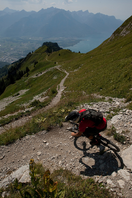 Rider: Ben Walker Location: Rocher de Naye (Switzerland)