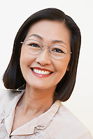 Middle aged woman wearing glasses portrait (portrait)