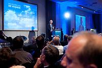 """02 OCT 2010, BERLIN/GERMANY:<br /> Geert Wilders, Vorsitzender Partij voor de Vrijheid Niederlande, haelt eine Rede, Veranstaltung """"Islam und Integration"""", Hotel Berlin<br /> IMAGE: 20101002-01-049"""