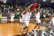DESCRIZIONE : Pescara Giochi del Mediterraneo 2009 Mediterranean Games Italia Serbia  Italy  Serbia Final Women<br /> GIOCATORE : Mariachiara Franchini<br /> SQUADRA : Italia Italy<br /> EVENTO : Pescara Giochi del Mediterraneo 2009<br /> GARA : Italia Serbia  Italy  Serbia<br /> DATA : 02/07/2009<br /> CATEGORIA : team esultanza<br /> SPORT : Pallacanestro<br /> AUTORE : Agenzia Ciamillo-Castoria/C.De Massis