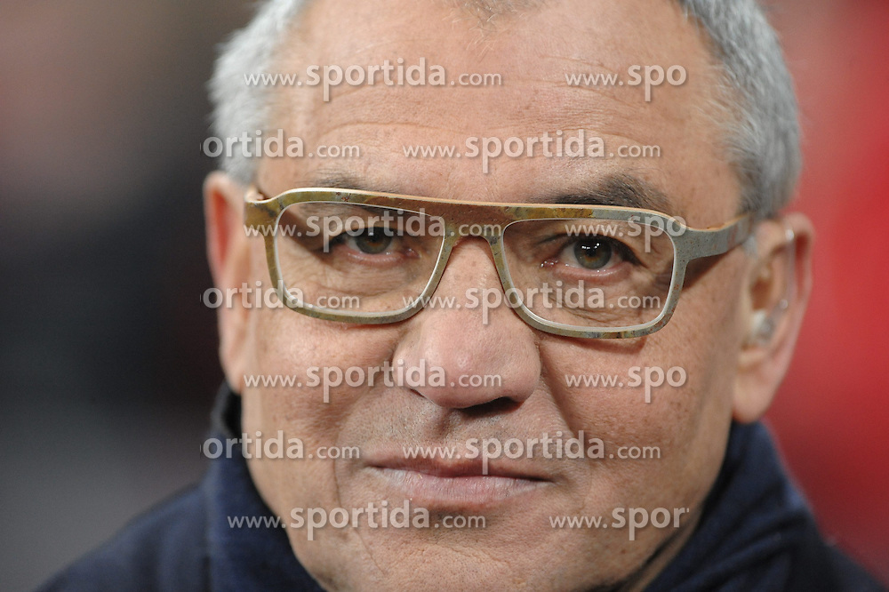 09.02.2013, Allianz Arena, Muenchen, GER, 1. FBL, FC Bayern Muenchen vs Schalke 04, 21. Runde, im Bild Felix MAGATH, Portrait // during the German Bundesliga 21th round match between FC Bayern Munich and Schalke 04 at the Allianz Arena, Munich, Germany on 2013/02/09,, , , , . EXPA Pictures © 2013, PhotoCredit: EXPA/ Eibner/ Wolfgang Stuetzle..***** ATTENTION - OUT OF GER *****