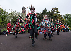 © Licensed to London News Pictures. 01/05/2017. Bristol, UK. Morris dancers perform at Mayday on Bristol's Brandon Hill at dawn and sunrise in the folk custom to welcome in the summer season. Picture of Winterbourne Down Border Morris. Photo credit : Simon Chapman/LNP