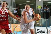 DESCRIZIONE : Chieti Qualificazione Eurobasket Women 2009 Italia Turchia <br /> GIOCATORE : Kathrin Ress<br /> SQUADRA : Nazionale Italia Donne <br /> EVENTO : Raduno Collegiale Nazionale Femminile<br /> GARA : Italia Turchia Italy Turkey <br /> DATA : 27/08/2008 <br /> CATEGORIA : penetrazione<br /> SPORT : Pallacanestro <br /> AUTORE : Agenzia Ciamillo-Castoria/M.Marchi <br /> Galleria : Fip Nazionali 2008 <br /> Fotonotizia : Chieti Qualificazione Eurobasket Women 2009 Italia Turchia <br /> Predefinita : si