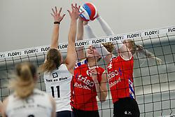 20190112 NED: Sliedrecht Sport - VC Sneek: Sliedrecht<br />Ana Rekar (11) of Sliedrecht Sport , Lieze Braaksma (6) of VC Sneek, Hester Jasper (4) of VC Sneek<br />©2019-FotoHoogendoorn.nl / Pim Waslander