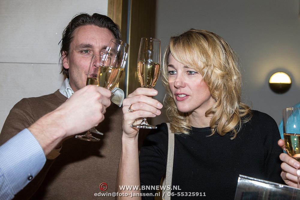 NLD/Amsterdam/20150202 - Presentatie sportblad Helden 25, Marianne Timmer en Jorien ter Mors proosten