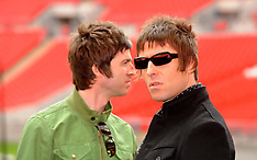 Gallagher brothers feud - 8 Oct 2017