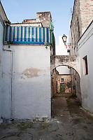Leverano (Le) - Vicolo nel centro storico.