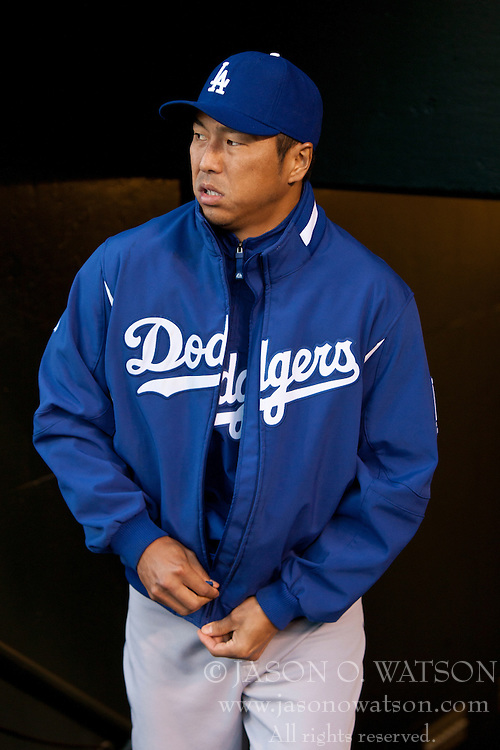 September 14, 2010; San Francisco, CA, USA;  Los Angeles Dodgers shortstop Chin-lung Hu (60) enters the dugout before the game against the San Francisco Giants at AT&T Park. Los Angeles defeated San Francisco 1-0.
