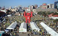FUDBAL, JOHANEZBURG, 11. Jun. 2010. - Fan fest.  Atmosfera na ulicama Johanezburga pred otvaranje Svetskog prvenstva u fudbalu i meca izmedju Juzne Afrike i Meksika. Foto: Nenad Negovanovic