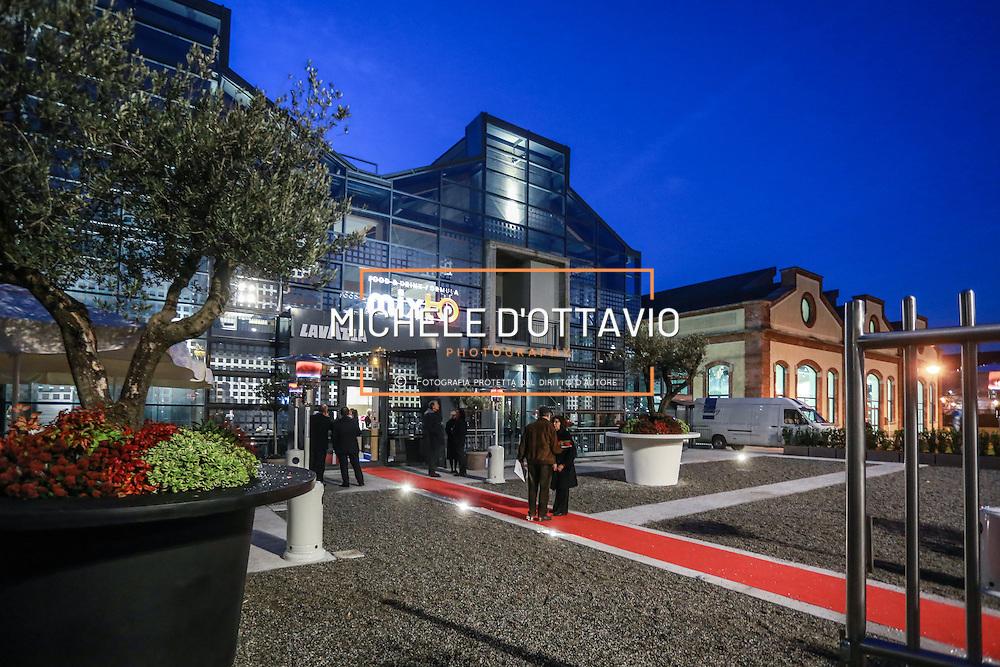 Mixto.Food & Drink Formula, la nuova struttura trendy degli studenti torinesi, è un modernissimo  ristorante-caffetteria nella Cittadella Politecnica di Torino firmato Camst in collaborazione con Lavazza