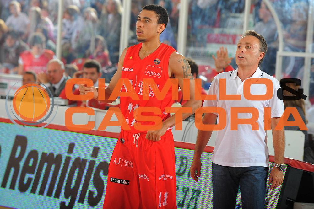 DESCRIZIONE : Teramo Lega A 2010-11 Armani Jeans Milano Banca Tercas Teramo<br /> GIOCATORE : Ibrahim Jaaber<br /> SQUADRA : Armani Jeans Milano<br /> EVENTO : Campionato Lega A 2010-2011 <br /> GARA : Armani Jeans Milano Banca Tercas Teramo<br /> DATA : 16/10/2010<br /> CATEGORIA : ritratto<br /> SPORT : Pallacanestro <br /> AUTORE : Agenzia Ciamillo-Castoria/GiulioCiamillo<br /> Galleria : Lega Basket A 2010-2011 <br /> Fotonotizia : Teramo Lega A 2010-11 Armani Jeans Milano Banca Tercas Teramo<br /> Predefinita :